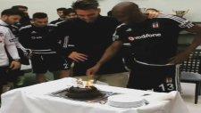 Ersan Atiba'ya pasta yedirdi! -  Nevzat Demir Tesisleri