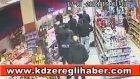 Speedy Mustafa'ya Nutella Fırlatan Polis