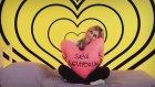 Yıldız Tilbe'den Sevgililer Günü Reklamı - Al Sana 14 Şubat