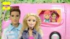 Barbie ve Ailesi Kampta - Barbie Karavanı izle - EvcilikTV