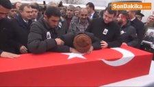 Afyon Şehit Uzman Çavuş Osman Öz Son Yolculuğuna Uğurlandı-1