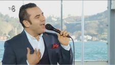 Ferhat Göçer - Dance Me To The End Of Love (Canlı Performans - Şeffaf Oda)