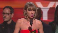 Grammy'lere Taylor Swift Damgası