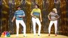 Jimmy Fallon, Christina Aguilera Ve Will Ferrell'den 'Dar Pantolonlar' Performansı
