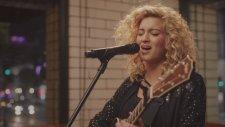 Tori Kelly - City Dove (Canlı Performans)