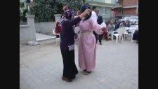 Yeri Geldimi Oynamasınıda Bilir Anadolu Bacıları Birde Gardaş Düğünü Oldumu