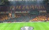 Galatasaray Taraftarından Muhteşem Kareografi