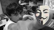 Anonymous'un En Önemli Hackerlarından Biri Yakalandı