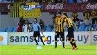 Diego Forlan Rüzgarı! 3 gol 2 Asist