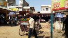Ev Bezgini, Hindistan'da Agra Caddelerinde...  - Evbezgini