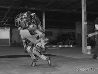 Dayak Yiyen Atlas Robotun Dramı