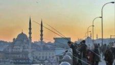 İstanbulu Dınlıyorum