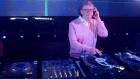 Bill Gates DJ'liğe Soyundu