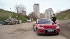 Türk Dizisinde Tesla Model S'e Benzinli Motor Sesi