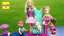 Barbie ve Ailesi Fluttershy'ın Havuzlu Köpek Eğitim Evinde - EvcilikTV Evcilik Oyunları