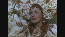 Bitter Sweet (1940) Fragman