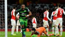 Arsenal 1-2 Swansea City (02 Mart Çarşamba Maç Özeti)