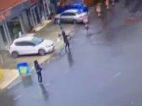 Bayrampaşa'da Terör Örgütünün Çevik Kuvvete Saldırma Anı!
