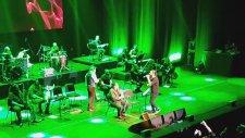 Koray Avcı & Volkan Konak - Feriğim Fidanım (Canlı Performans)