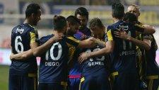 Akhisar Belediyespor 0-3 Fenerbahçe (6 Mart Pazar Maç Özeti)