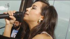 Tuğba Yurt - Hoşgeldin (Akustik Canlı Performans)