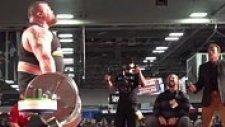 Arnold Schwarzenegger'in Önünde 465 Kiloyla Gelen Dünya Deadlift Rekoru