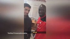 Luis Suarez, Liverpool'u Ziyaret Etti!
