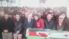 CHP'li Levent Gök Cenaze Namazında Muhabbet Etti