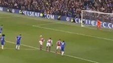 Cesc Fabregas, West Ham'a Penaltıdan Attı