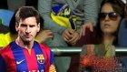 Lionel Messi, Kadın Taraftarın Elini Kırdı