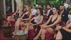 Adnan Oktar'ın Christina Aguilera'ya Benzeyen Seksi Konuğu