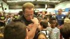 Arnold Schwarzenegger Futsal Sahasında