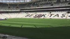 Beşiktaş taraftarlarından Vodafone Arena'da ilk tezahürat!