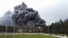 Almanya'da Çıkan Yangın Maçı Durdurdu