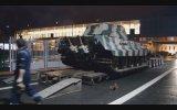 Tiger II  Hangara Götürülüş