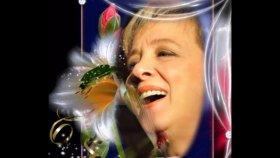 Esma Başbuğ - Şimdi Hatırdamıdır Aşık-ı Nâlân Acabâ