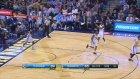 Russell Westbrook'tan, Bu Sezonun 17. Triple-Double'ı!