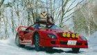 Ferrari F40 ile Kar Üzerinde Drift Yapma