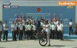 Kenan Sofuoğlu'ndan Erdoğan'ı Mest Eden Bisiklet Şov