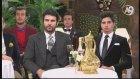 Peygamberimiz (sav) 'Hz. Mehdi (as) konuştuğunda sanki önünüzde gibi onu dinleyeceksiniz.' demiştir