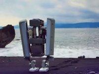 Google - İki Ayaklı Yeni Robotunun Tanıtımı