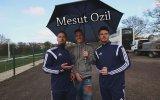 Mesut Özil  Size Nasıl Asist Yapabilirim
