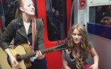 Cajon ve Gitar ile Yapılan Muhteşem Performans
