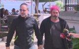 Cem Yılmaz ve Ozan Güven'in Magazincilere El Ele Yakalanması
