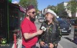 Kovboy Kılıklı Melez Dede İle Röportaj Yapmak