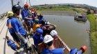149 kişi köprüden atlayarak rekor kırdı