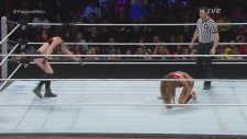 Paige vs. Nikki Bella - WWE