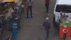 Adana'da Hoverboard İle Gezen Dayı