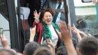 Meral Akşener'den Kocaelispor Taraftarlarına Üçlü Çektirdi