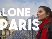 Paris Sokaklarında Yapayalnız Kısa Film: Alone in Paris